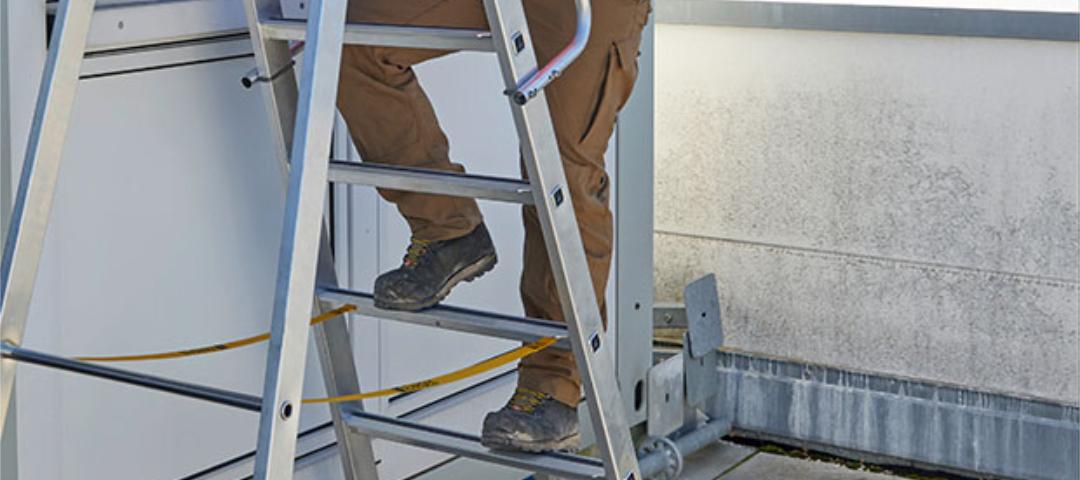 Sicherer Umgang mit Leitern